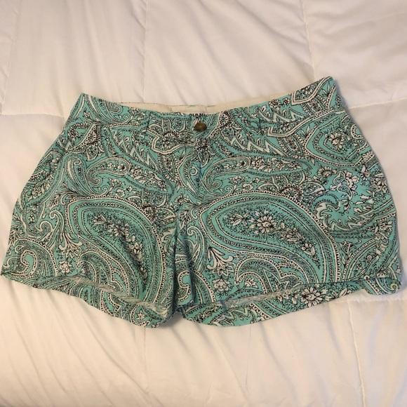 Old Navy Pants - LAST CHANCE! Old Navy paisley print shorts, size 8